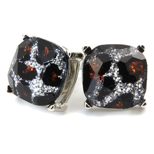 Load image into Gallery viewer, Leopard Medium Studs - Gold or Silver