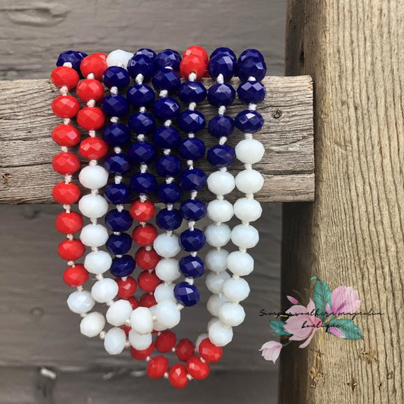 The essential beaded necklace - Patriotic