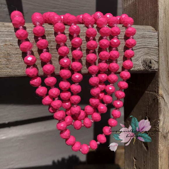 The essential beaded necklace - Hot Pink