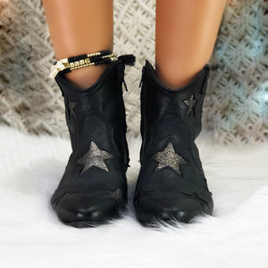 Round Head Star Ankle boots