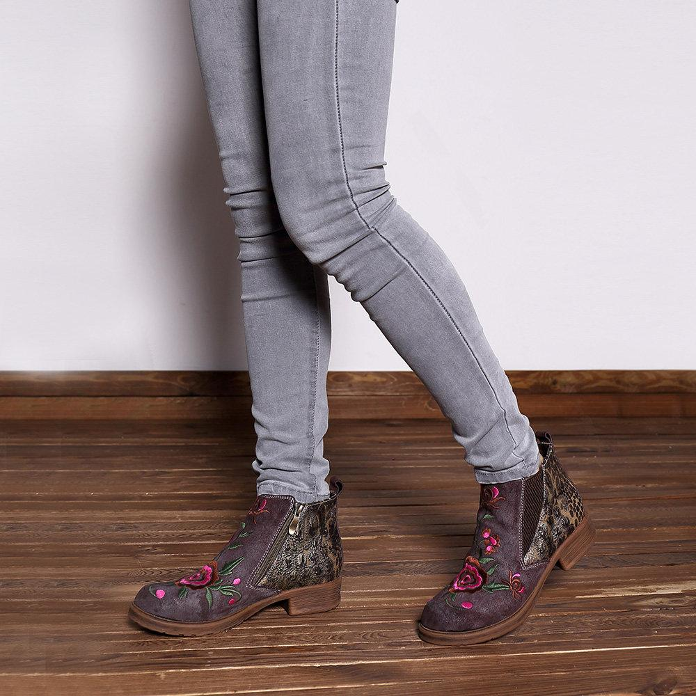 Embroidery Genuine Leather  Zipper Flat Boots