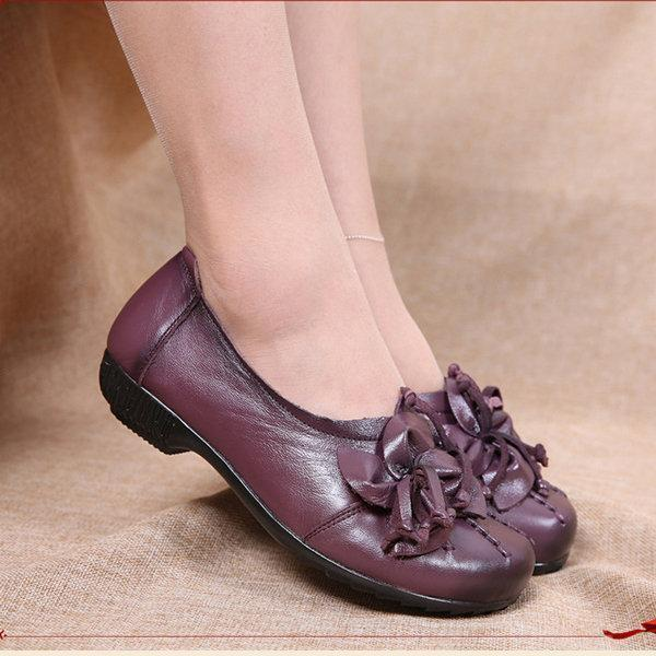 Flower Tassel Soft Leather Slip On Flat Casual Vintage Shoes