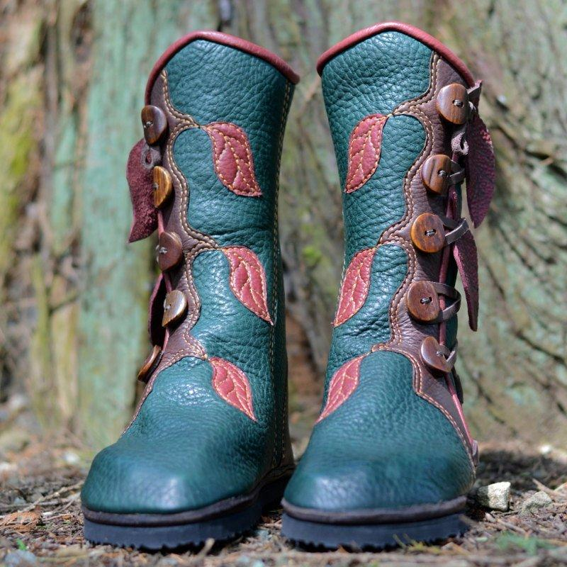 Women's  Retro Classic Soft Button Vintage Boot With Hanging Leaves