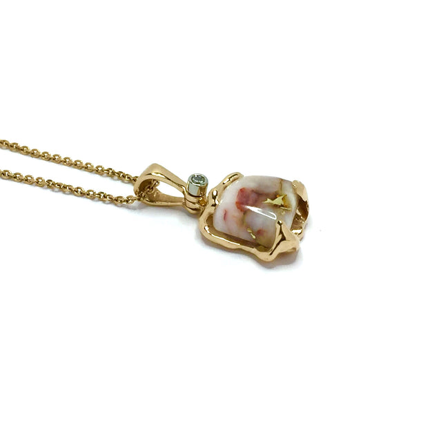 FREE FORM GOLD IN QUARTZ NECKLACE PENDANT WITH .02CT ROUND DIAMOND