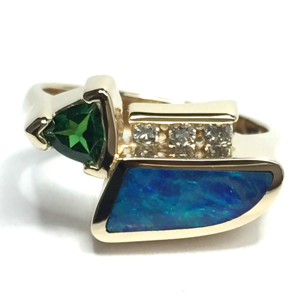 SUPERIOR QUALITY OPAL INLAID TSAVORITE AND .08ctw DIAMOND RING