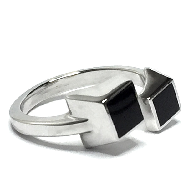 ONYX 2 SQUARE INLAID WRAP DESIGN RING