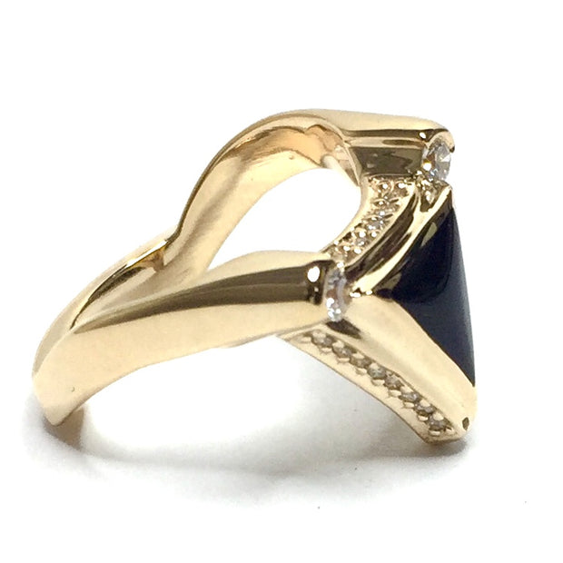 ONYX TRIANGLE INLAID .31ctw DIAMOND RING
