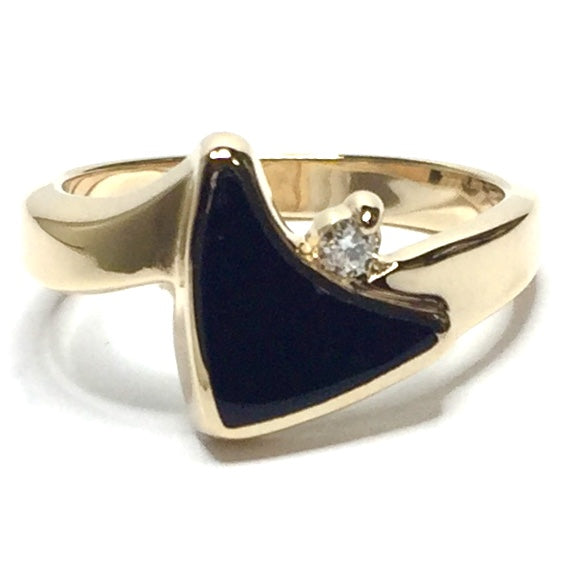 ONYX INLAID SAIL DESIGN .04ct DIAMOND RING