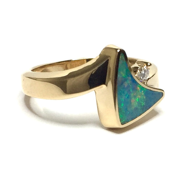 SUPERIOR QUALITY OPAL INLAID AND .04ctw DIAMOND SAIL RING