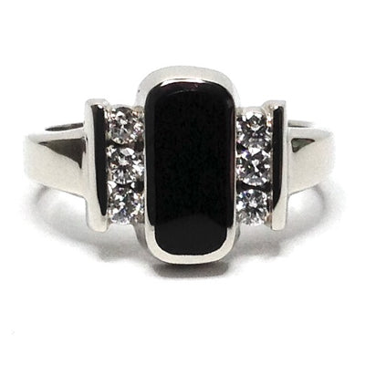 ONYX OVAL INLAID .24ctw DIAMOND RING