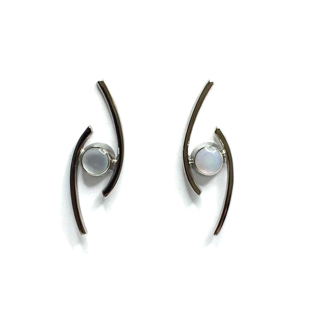 MOTHER OF PEARL ROUND INLAID DOUBLE CURVED BAR EARRINGS