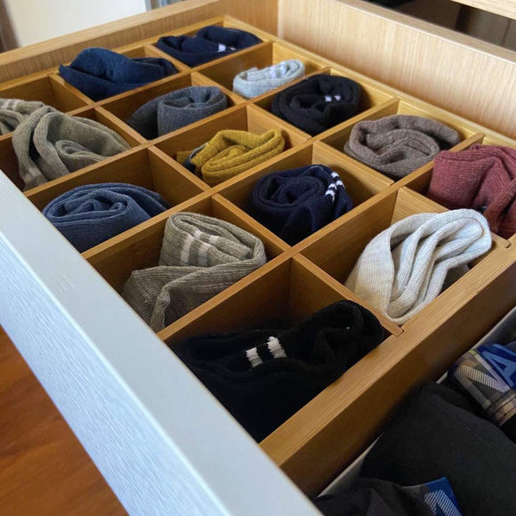 How to quickly find socks in the morning (bamboo drawer storage)