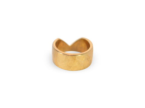 KAZE Gold Middle V Design Ring