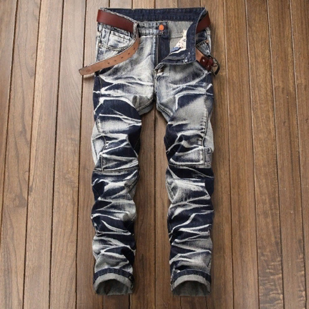 High quality casual jeans.