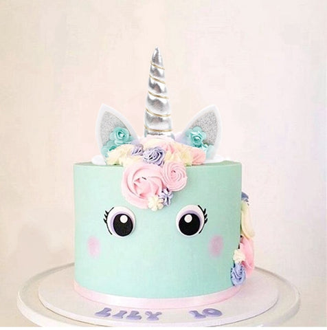 Now Unless Youre A Professional Dessert Chef Most People Will Not Be Able To Create Delicate Unicorn Cake Getting This Custom Made Might Also Costly