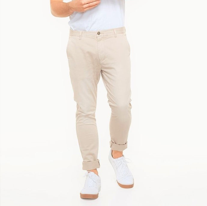 Industrie Men The Delaware Chino Pants in Bone
