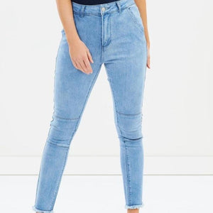 Mossimo Women Eden Jeans in Ice Blue