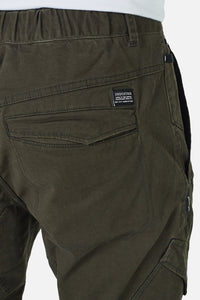 Industrie Men The Kano Combat Pants in Utility Green