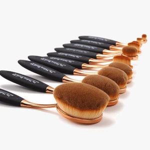 Black and Gold Oval Brush Set