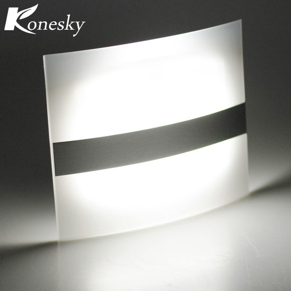 Motion Sensor Wall Sconce Battery Operated Wireless Night Light Auto Wall Lamp for Bedroom Hallway Cabinet Kitchen Closet