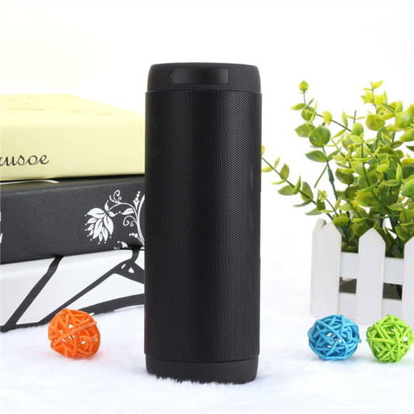 Outdoor Hands-free Rechargeable Wireless Bluetooth Speaker Music Player with TF Card Slot (Black)