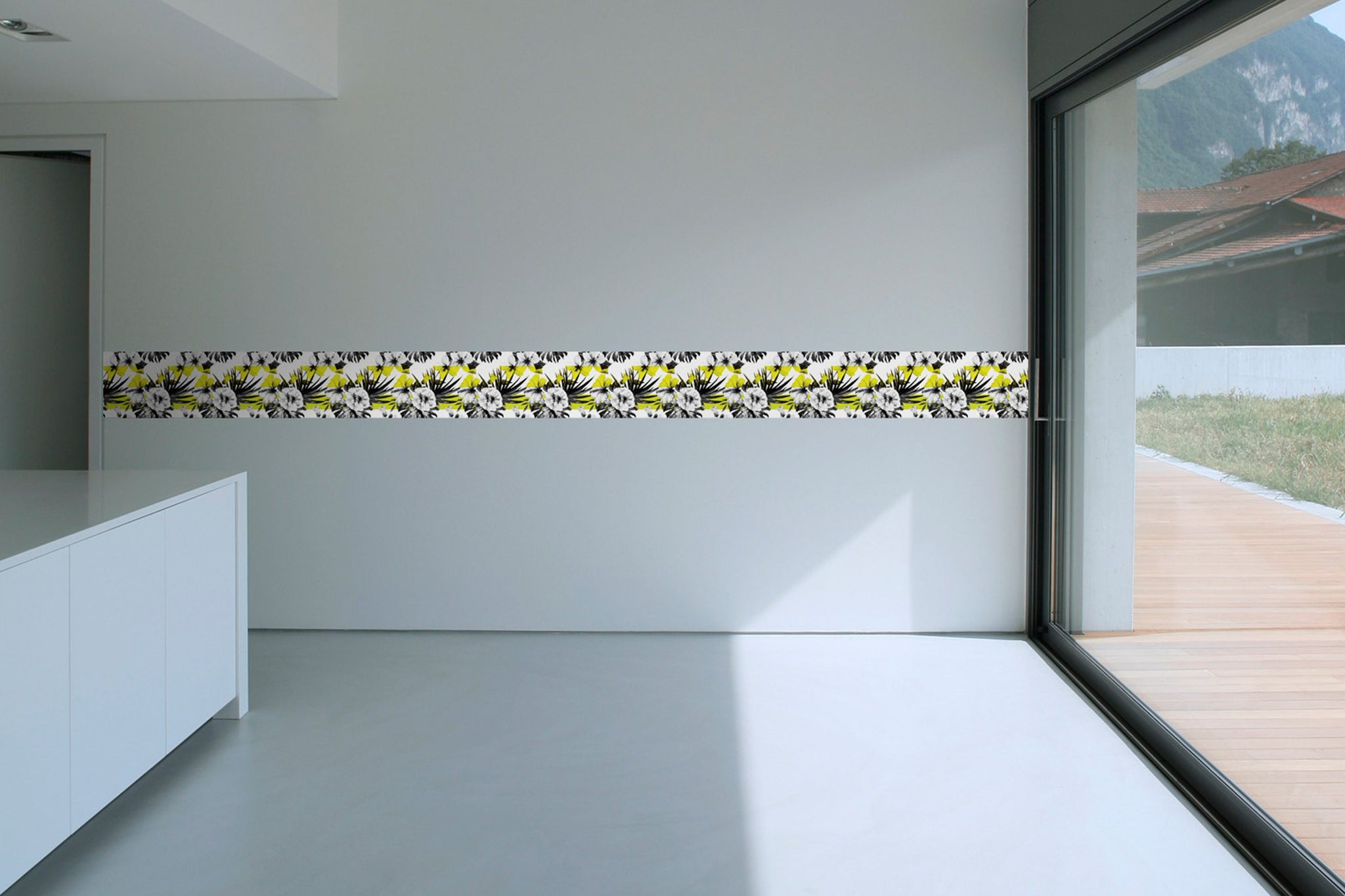 Self Adhesive Border   White rose BR014