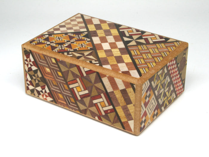 Japanese Wooden Puzzle Box - 10 mosse