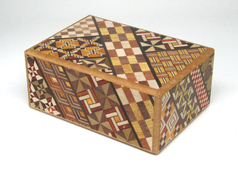 Japanese Wooden Puzzle Box - 7 mosse