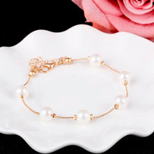 Load image into Gallery viewer, Women Pearl Bracelet