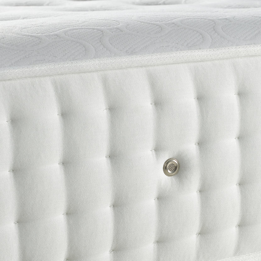 Latex 1000 Mattress Air Vent