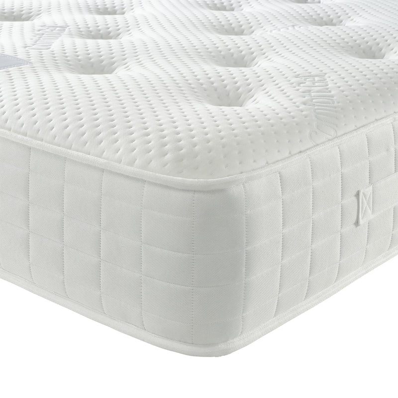 Pocket Gel 1000 Mattress Corner Close Up