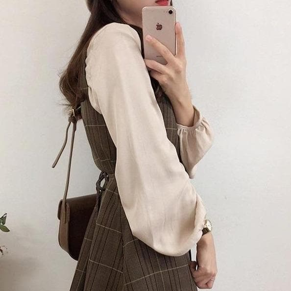 Vintage Buttoned Blouse - authentic Asian fashion from Korea, Japan and China.
