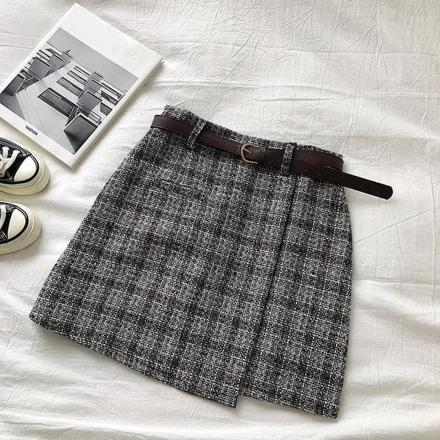 Plaid Skirt with Belt - authentic Asian fashion from Korea, Japan and China.