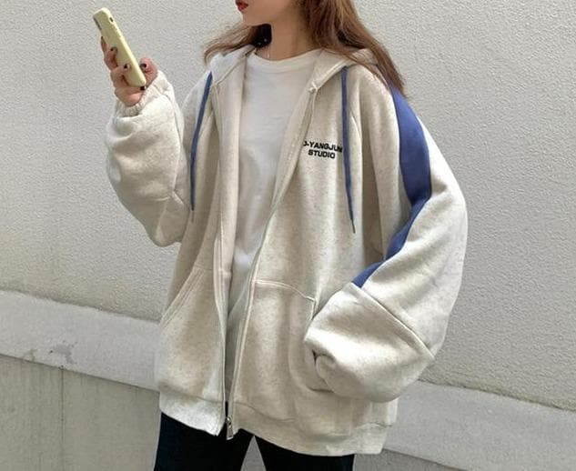 Oversized D-YANGYUN STUDIO Zipped Hoodie Jacket - authentic Asian fashion from Korea, Japan and China.