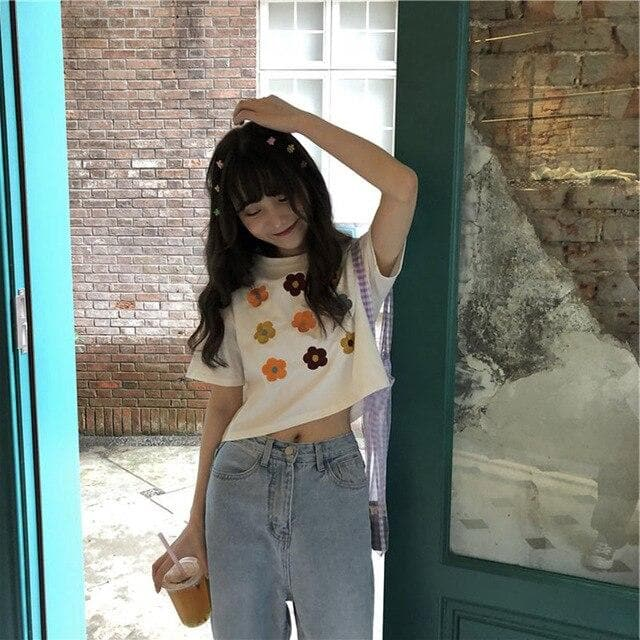 Flower T-Shirt - authentic Asian fashion from Korea, Japan and China.