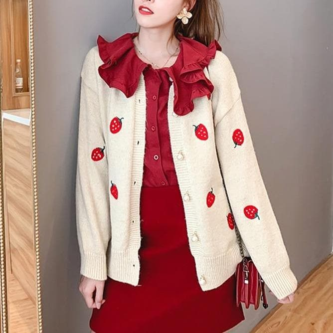 Strawberry Cardigan - authentic Asian fashion from Korea, Japan and China.