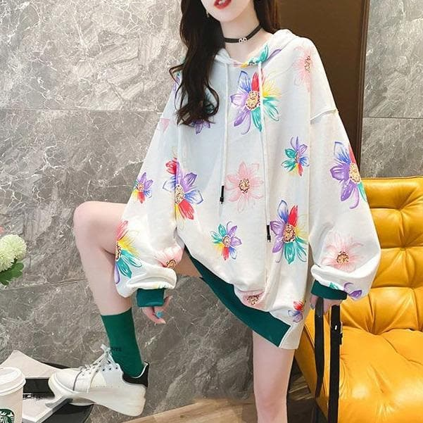 Oversized Flower Hoodie - authentic Asian fashion from Korea, Japan and China.