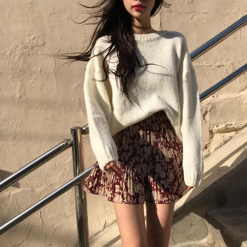 Knitted O-Neck Sweater - authentic Asian fashion from Korea, Japan and China.