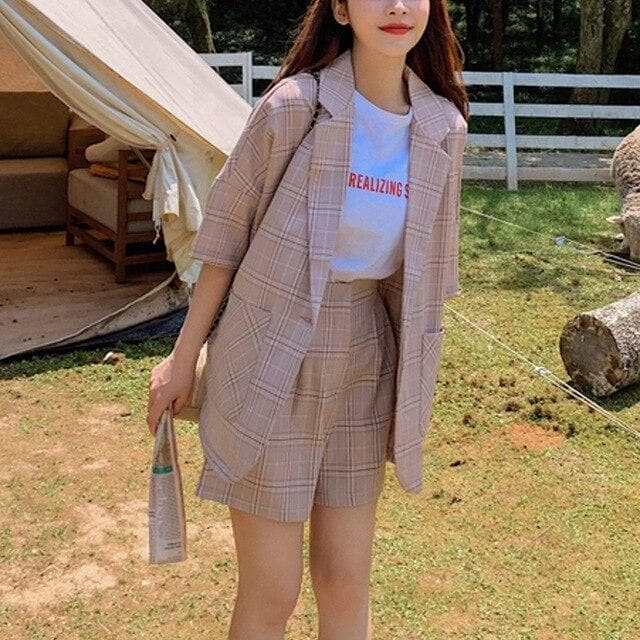 Plaid Two-Piece-Set (Blazer + Shorts) - authentic Asian fashion from Korea, Japan and China.