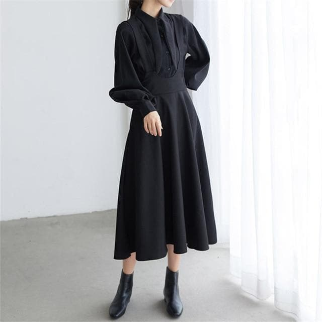 Elegant 2-Piece-Set: Black Overdress + Blouse With Unique Turn-Down Collar