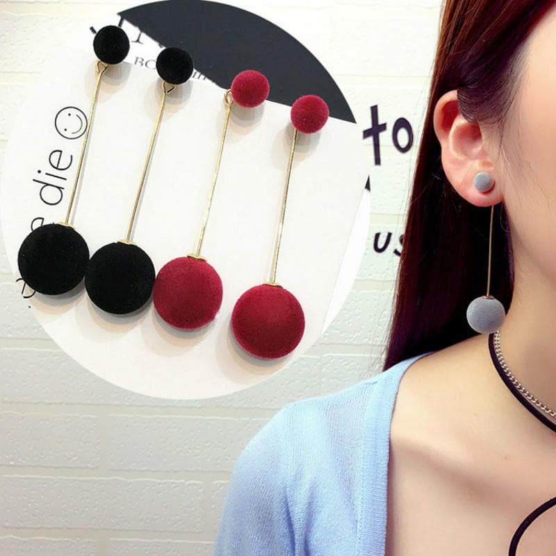 K-FASHION ♥ Plush Ball Earrings - K-Pop Merch Lianox