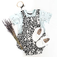 Pinafore romper 'Leopard Grey' - HEY BB