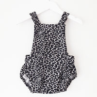Pinafore romper 'Urban Jungle Collectie' - HEY BB