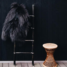 Load image into Gallery viewer, Arctic Sheepskin (Black)