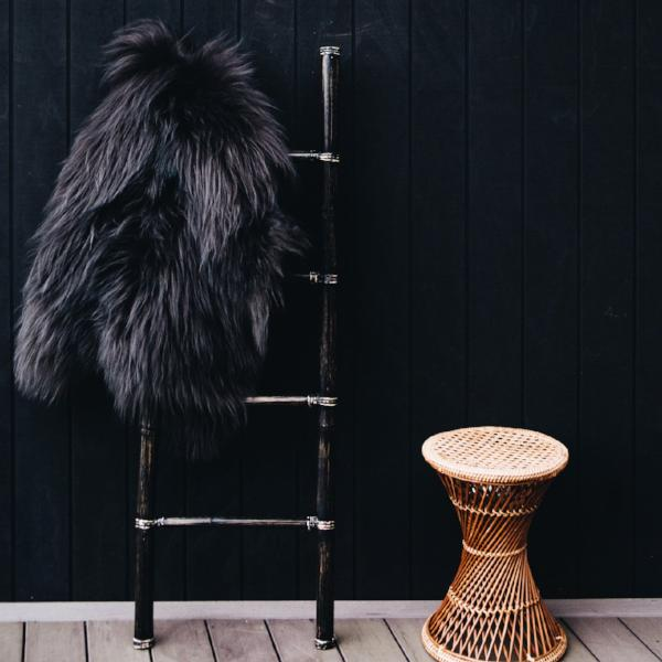 Arctic Sheepskin (Black)