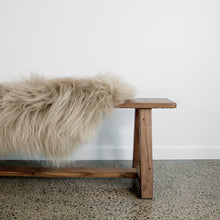Load image into Gallery viewer, Arctic Sheepskin (Caramel)