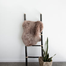 Load image into Gallery viewer, New Zealand Sheepskin (Dusty Blush)