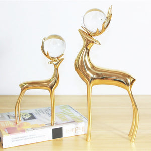 Copper Deer Crystal Ball Decoration Creative European Living Room Wine Cabinet Bookcase Home Decoration Modern Model Decoration