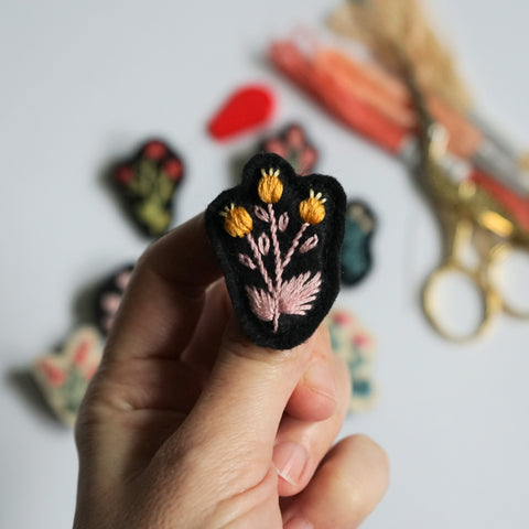 Tiny Floral Pin - Hand Embroidery Brooch - Redwork Stitches