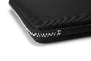 Booq Macbook Hardcase for Macbook Pro, Air and Laptop Surface Book